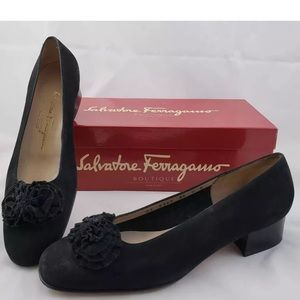 Salvatore Ferragamos woman's size (7)made in Italy